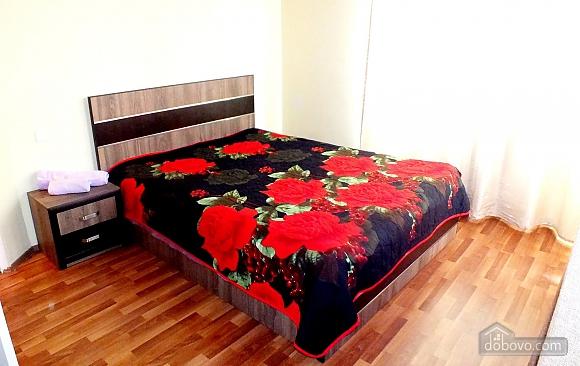 Апартаменты в Сабуртало, 3х-комнатная (37468), 001