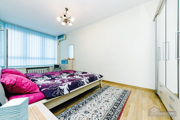 Apartment with view to the Dnipro, Zweizimmerwohnung (74642), 003