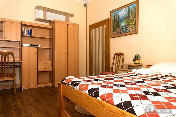 Хостел Hopsoda, 1-комнатная (38969), 013