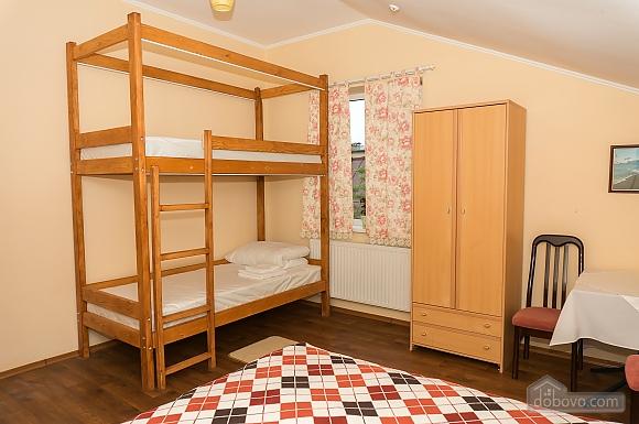 Хостел Hopsoda, 1-комнатная (38969), 017