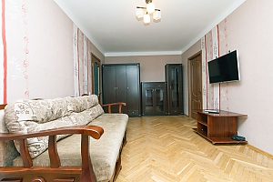 Apartment near KPI and Lukianivska stations , Dreizimmerwohnung, 003