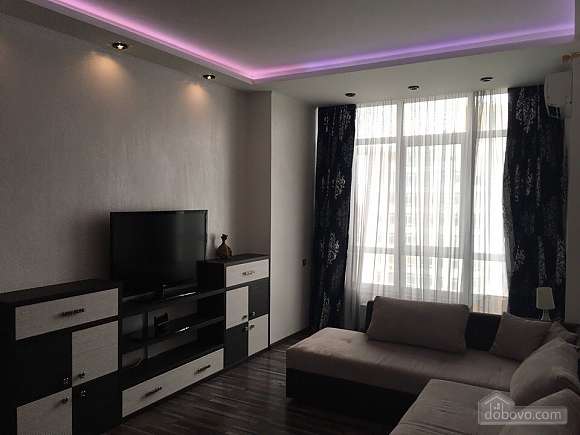 VIP apartment in 5 minutes from the sea, Un chambre (85503), 007