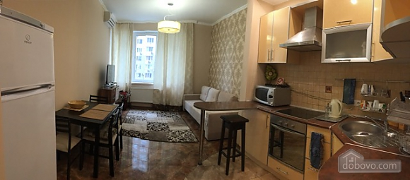 Уютная квартира в Одессе, 2х-комнатная (76987), 002