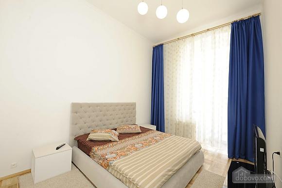 Excellent apartment in the city center near Nezalezhnosti Square and Khreschatyk, One Bedroom (17393), 001