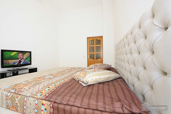 Excellent apartment in the city center near Nezalezhnosti Square and Khreschatyk, One Bedroom (17393), 005