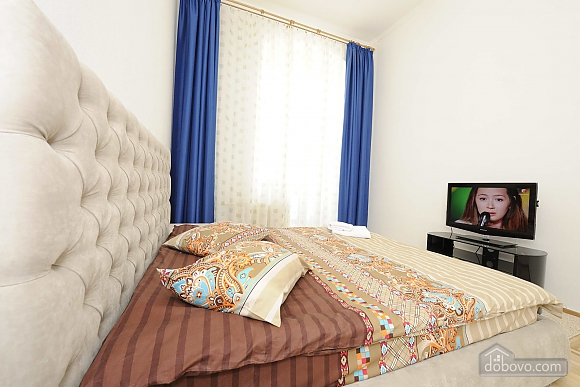 Excellent apartment in the city center near Nezalezhnosti Square and Khreschatyk, One Bedroom (17393), 007