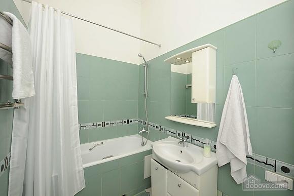 Excellent apartment in the city center near Nezalezhnosti Square and Khreschatyk, One Bedroom (17393), 012