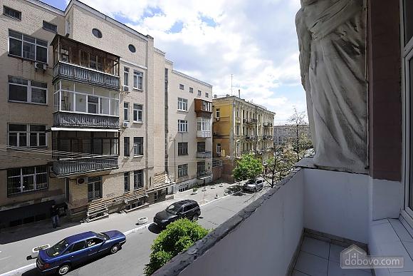 Excellent apartment in the city center near Nezalezhnosti Square and Khreschatyk, One Bedroom (17393), 022