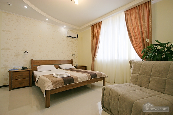 Cozy suite in the center of Odessa, Studio (17038), 004
