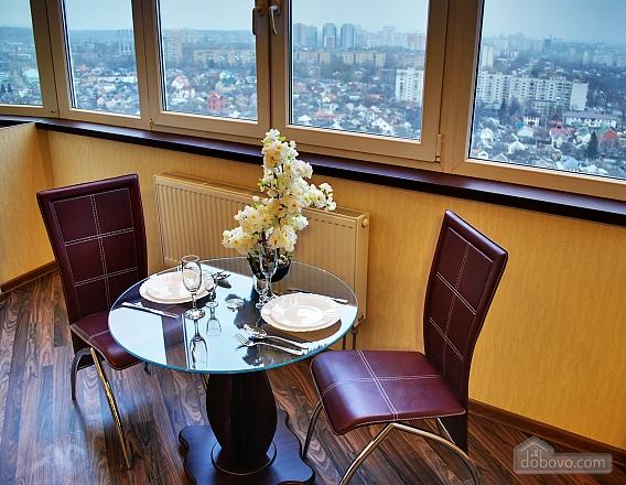 Шикарная квартира в новом доме, 2х-комнатная (62400), 002