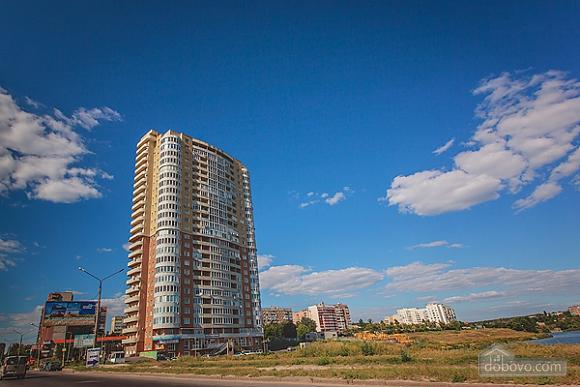 Шикарная квартира в новом доме, 2х-комнатная (62400), 012