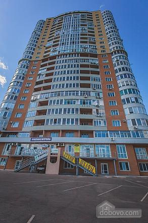 Шикарная квартира в новом доме, 2х-комнатная (62400), 013