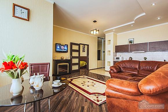 Шикарная квартира в новом доме, 2х-комнатная (62400), 006
