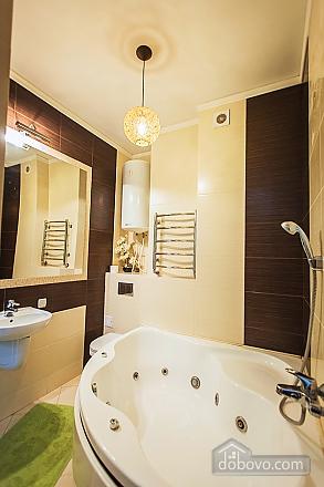 Шикарная квартира в новом доме, 2х-комнатная (62400), 009