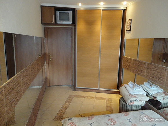 Apartments in Egyptian style, Un chambre (85180), 011