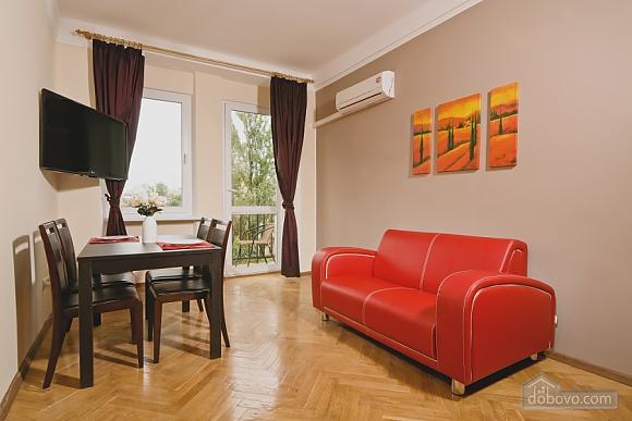 Квартира з балконом на Хрещатику, 3-кімнатна (85311), 001