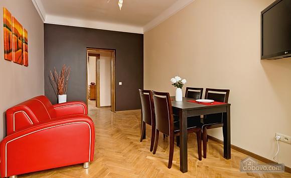 Квартира з балконом на Хрещатику, 3-кімнатна (85311), 002