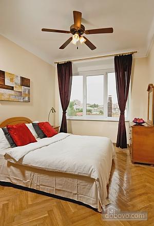 Квартира з балконом на Хрещатику, 3-кімнатна (85311), 003