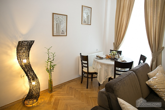 Stylish apartment in the city center, Dreizimmerwohnung (62861), 006