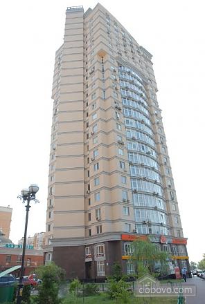 Квартира на вулиці Героїв Сталінграду, 3-кімнатна (17895), 011