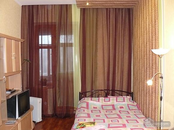 Квартира со всеми удобствами, 1-комнатная (18356), 004