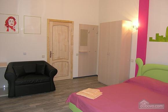 Apartment on Olesya Honchara Street, Studio (40938), 002