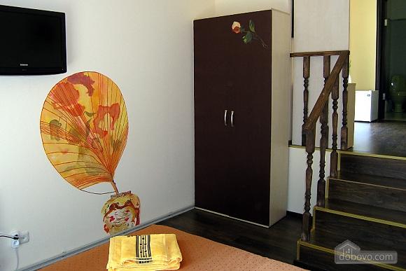 Красивая квартира, 1-комнатная (85971), 002