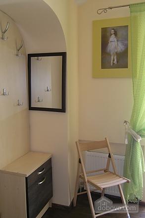Красивая квартира, 1-комнатная (85971), 003