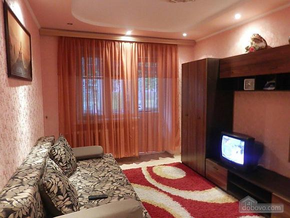 Квартира за 10 хвилин від моря, 2-кімнатна (13560), 001