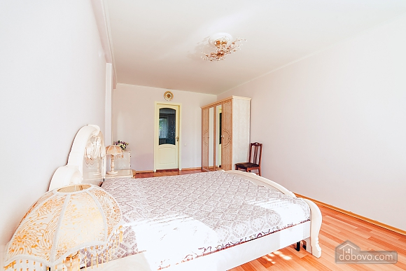 House in Odessa, Four Bedroom (91382), 007