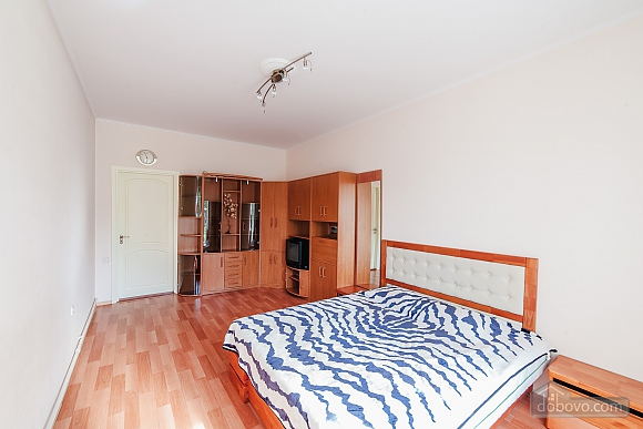 House in Odessa, Four Bedroom (91382), 009