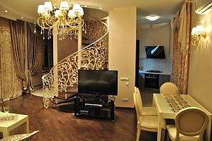 Шикарная квартира возле Дерибасовской, 3х-комнатная, 002