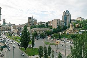 Standard overlooking Bessarabska square, Two Bedroom, 023
