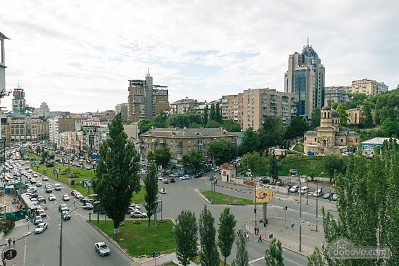 Стандарт с видом на Бессарабскую площадь, 3х-комнатная (87407), 023