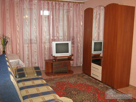 Apartment in the center of Berdyansk, Monolocale (26453), 006