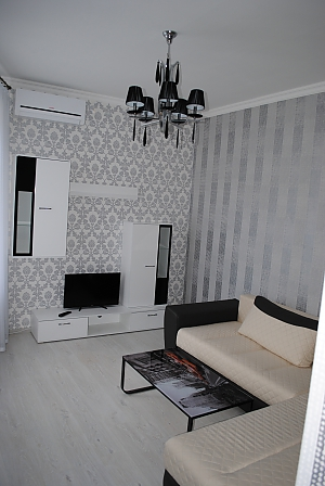 Чудова тиха квартира, 2-кімнатна, 002