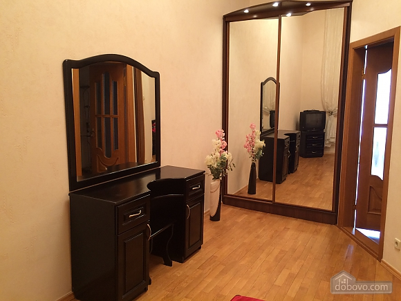 Luxury apartment in the city center, One Bedroom (78895), 004