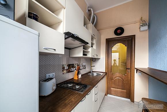 Затишна квартира в тихій частині центру Львова, 2-кімнатна (86024), 004