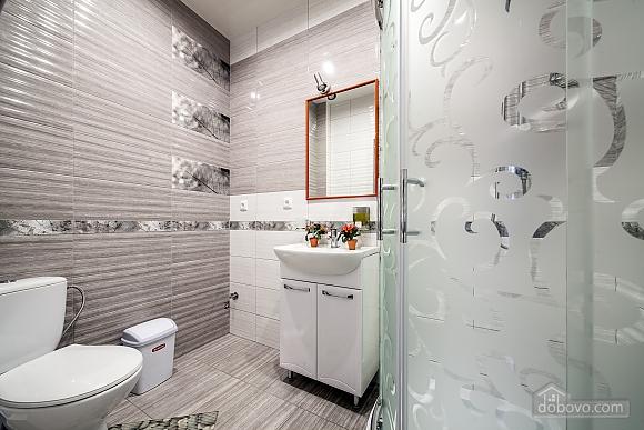 Затишна квартира в тихій частині центру Львова, 2-кімнатна (86024), 011
