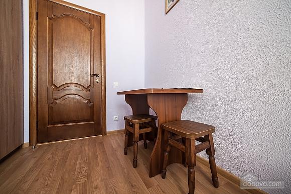 Затишна квартира в тихій частині центру Львова, 2-кімнатна (86024), 013