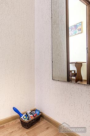 Затишна квартира в тихій частині центру Львова, 2-кімнатна (86024), 023