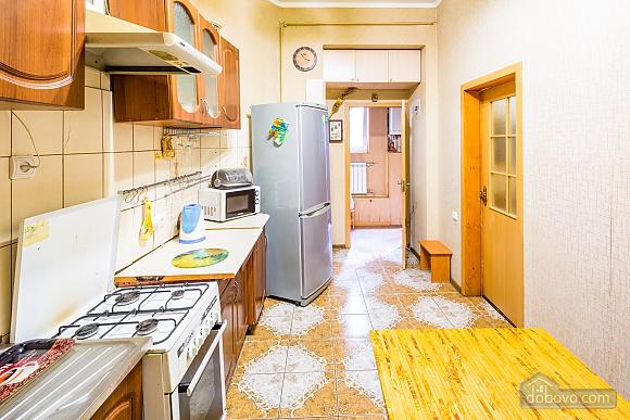 Квартира в 15 минутах от центра, 1-комнатная (68016), 005