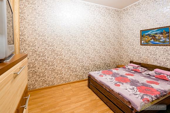 Квартира в 15 минутах от центра, 1-комнатная (68016), 002