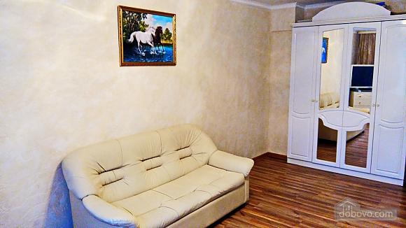 Kozhukhovskaya, One Bedroom (23365), 003