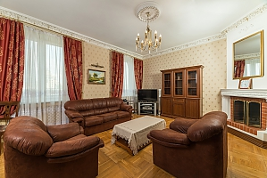 Spacious two bedroom apartment with Jacuzzi and fireplace opposite the Opera theatre, Two Bedroom, 001