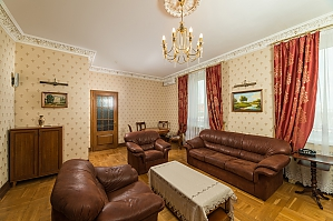 Spacious two bedroom apartment with Jacuzzi and fireplace opposite the Opera theatre, Two Bedroom, 002