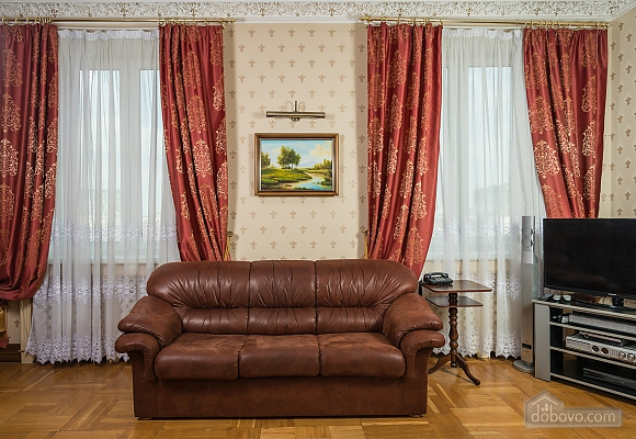 Spacious two bedroom apartment with Jacuzzi and fireplace opposite the Opera theatre, Deux chambres (71791), 014