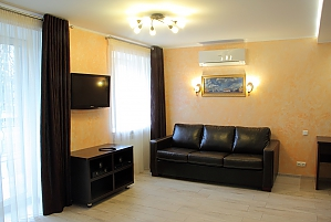 Apartments in the center of Chernihiv, Studio, 002