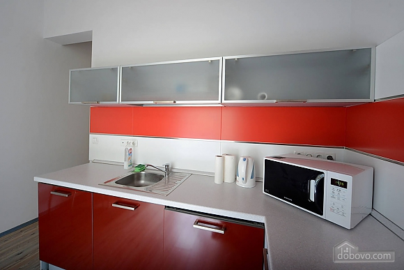 Просторная симпатичная дизайнерская студия с джакузи, 1-комнатная (60933), 006