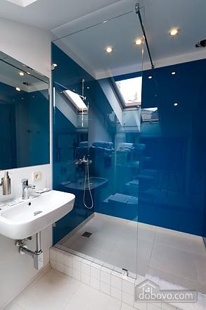 Loft, One Bedroom (37116), 010